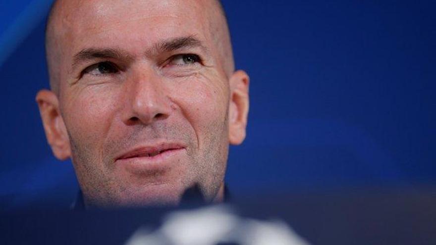 """Zidane: """"Yo estoy enamorado de Mbappé desde hace tiempo"""""""