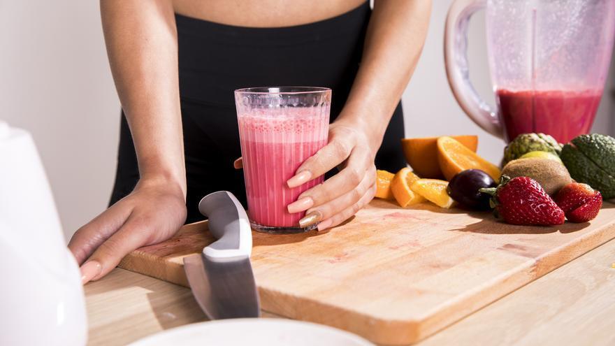 El jugo que te ayuda a adelgazar y evita la retención de líquidos