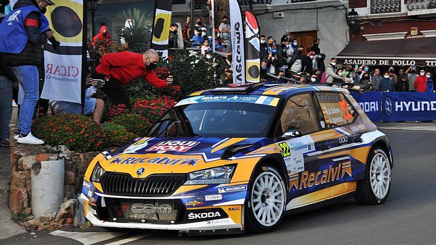 Asfalto y tierra para el súper campeonato de España de rallyes