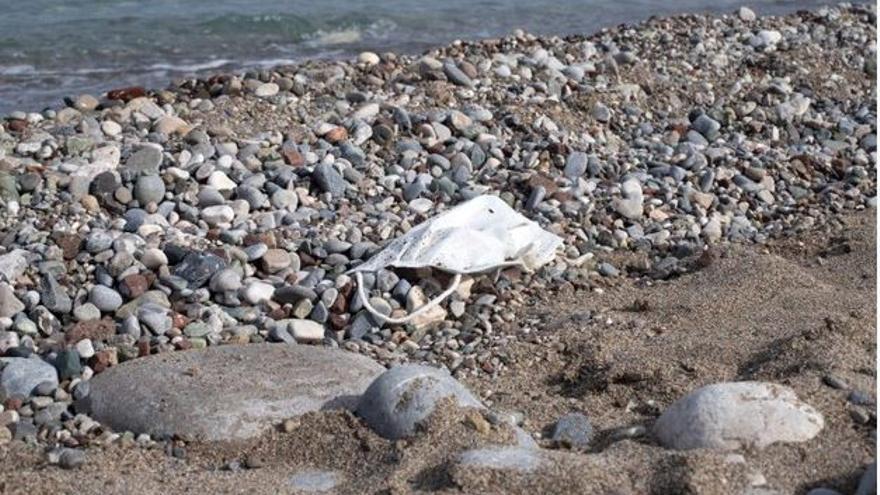 L'ICRA avisa que el 2050 hi haurà més plàstic que peixos