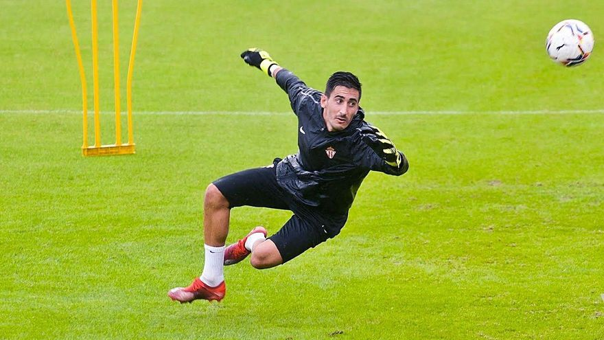La vuelta más esperada en el Sporting: Mariño regresa a los entrenamientos