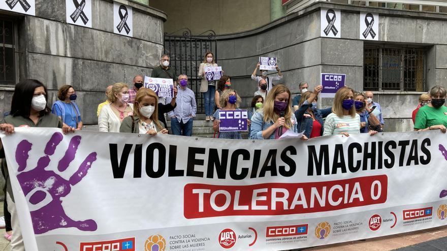 """Repulsa de los sindicatos por la violación de Gijón: """"Se está intentando coartar a las víctimas para que no nos atrevamos a denunciar"""""""