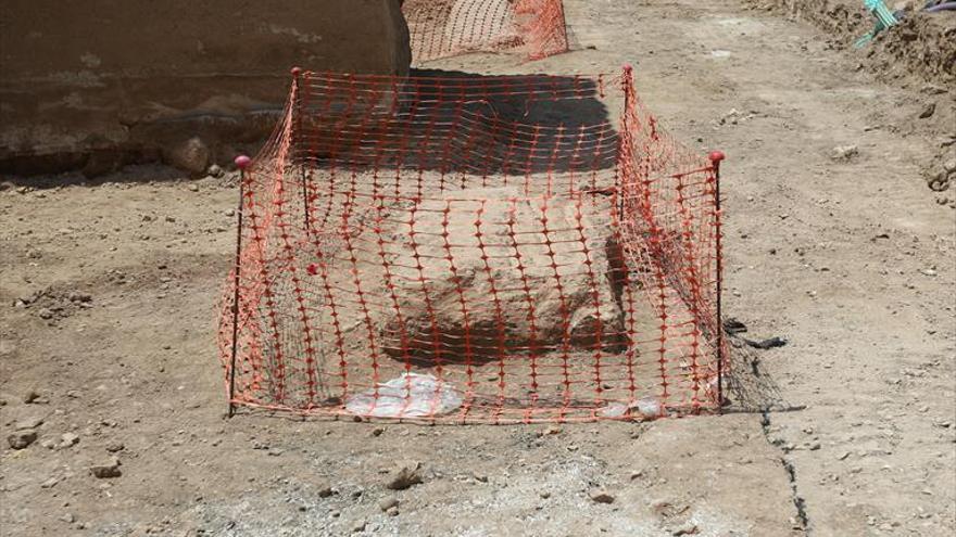 El Ayuntamiento confía en que no se retrase la obra del Marrubial tras la aparición de la barbacana