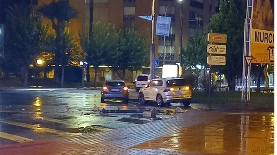 Un motorista se da a la fuga tras un accidente en Ronda Norte