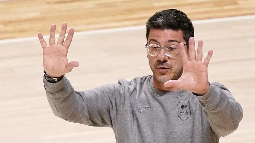 """Katsikaris: """"Tenemos que exigirnos mucho porque el Zaragoza es un equipo muy peligroso"""""""