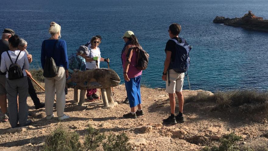 Caminata solidaria para luchar contra el cáncer en Ibiza
