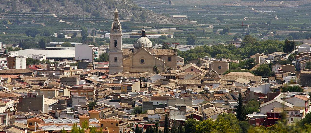 Panorámica áerea del casco histórico de Xàtiva.   PERALES IBORRA
