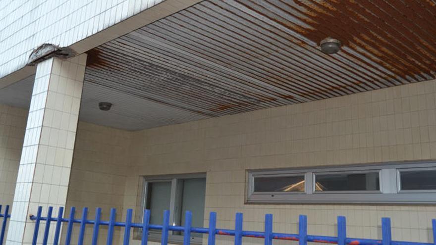 La Brilat desinfecta el centro de Atención de Personas con Discapacidad de A Coruña