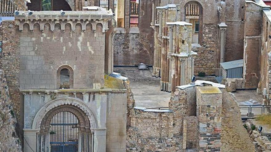 La restauración de la Catedral Vieja empezará por los Cuatro Santos