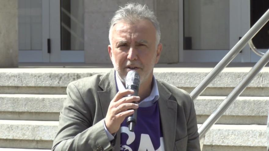 Torres dice que Canarias estará el 8M con las mujeres pero matiza que ahora se debe recuperar la salud