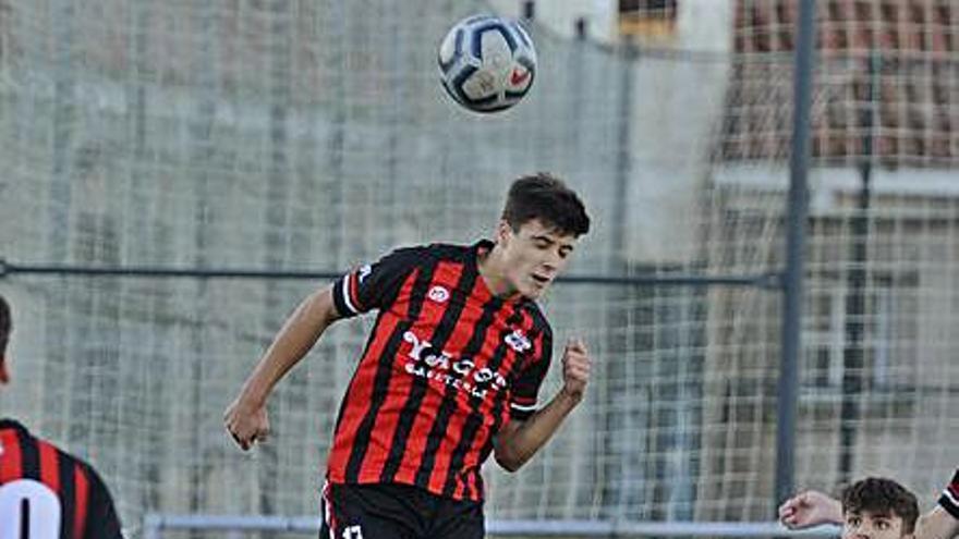 La Escola de Fútbol Lalín consigue su primer punto