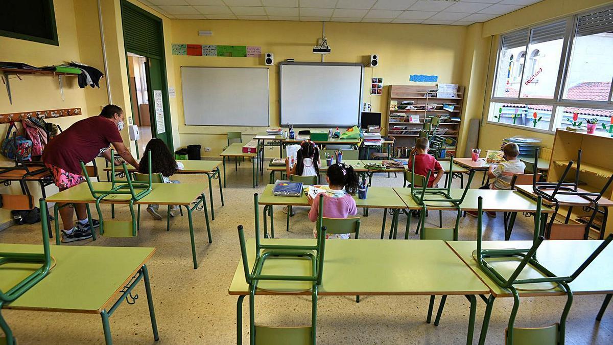 """Vuelta al """"cole"""" este curso en aulas gallegas."""