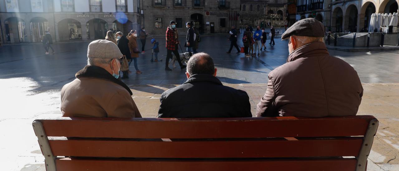 Mayores avilesinos, en El Parche avilesino.