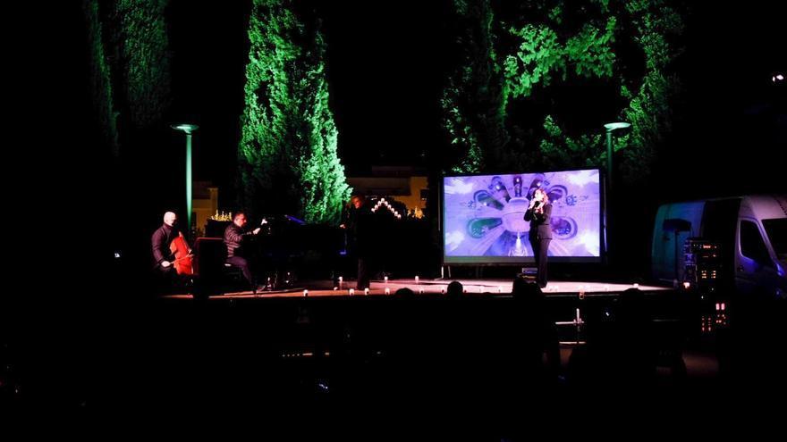 Pintura, poesía y música se darán cita en el cementerio de Zuera en La noche en negro