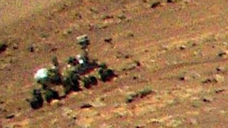 El rover Perseverance, captado desde el aire por Ingenuity