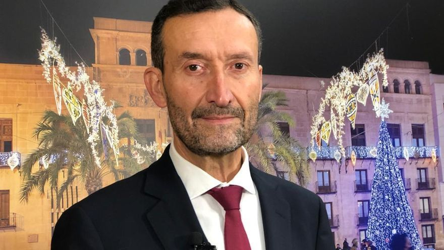 El alcalde de Elche desea que 2021 sea el año de la esperanza y la normalidad
