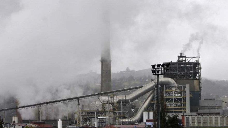 Javier Fernández exige evaluar el riesgo de apagar térmicas para el suministro eléctrico