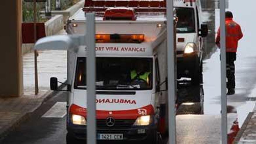Un trabajador, herido grave al caer de seis metros de altura en Sencelles