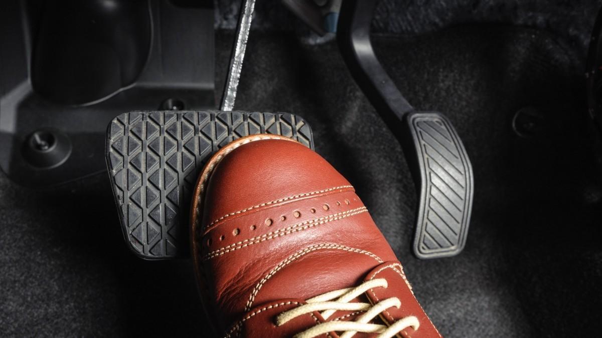 Qué es la conducción punta-tacón y cómo se hace