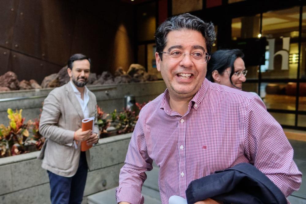 Reunión 'sorpresa' entre PSOE, PP y Cs en Tenerife