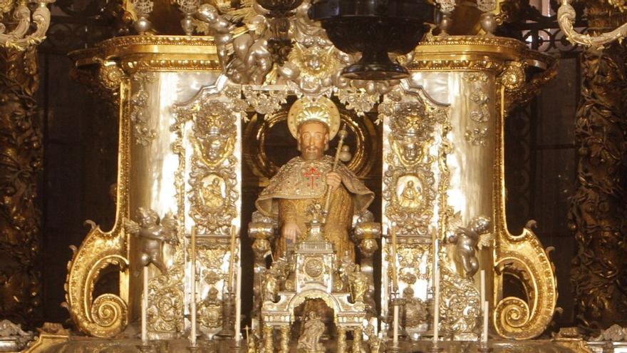 Un análisis forense sugiere una confusión en los restos del apóstol Santiago de la catedral compostelana