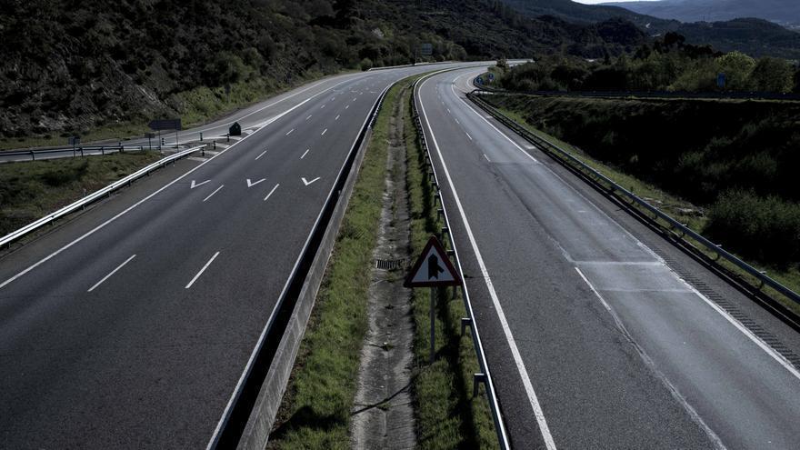 """El Gobierno echa el freno con los peajes en las autovías: """"Queremos abordar el debate, nada más"""""""