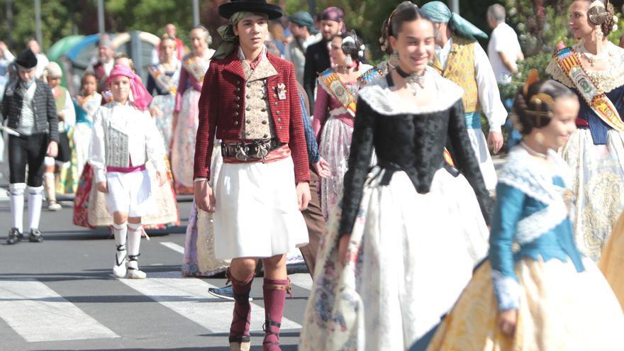 Ballester (PP) reclama el IVA cultural para la indumentaria