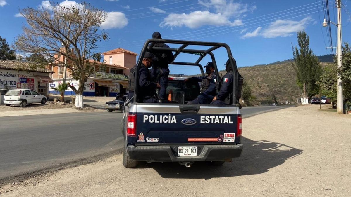 Policía mexicana en la frontera.