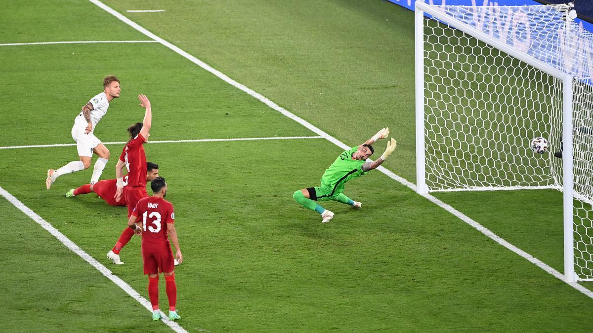 Ciro Immobile aconsegueix el segon gol dels italians