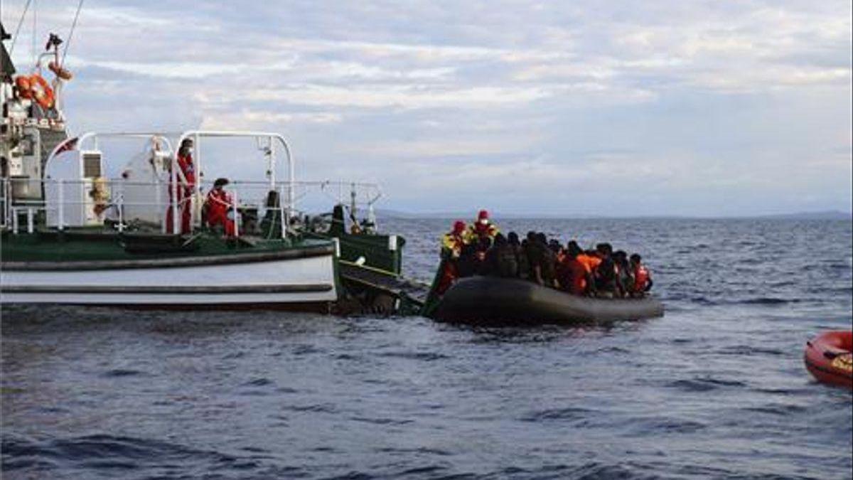 Frontex no despeja las dudas sobre sus actuaciones en el Egeo