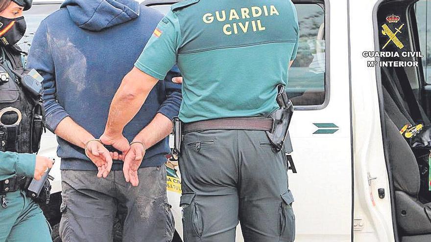 Tres detenidos en Alcúdia por prostituir a una mujer