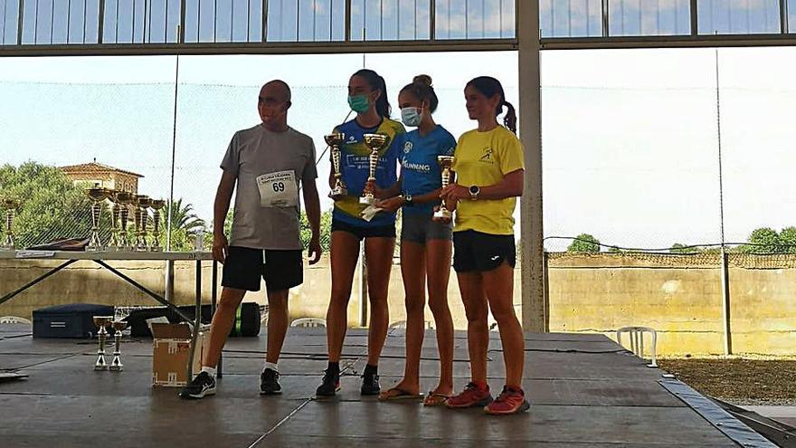 Guillem Ginard y Julia Peña se imponen en la III Cursa Sant Nicolau en Cas Concos