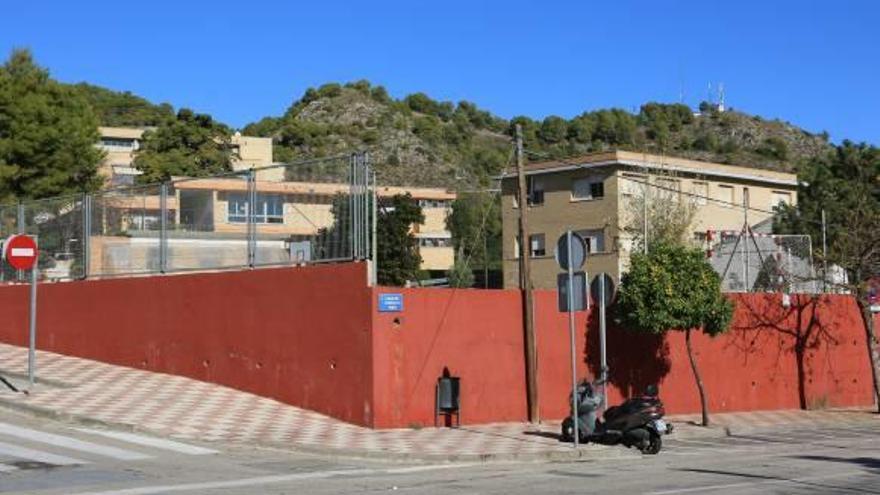 Tavernes busca un lugar para trasladar a los alumnos del Jaume durante las obras