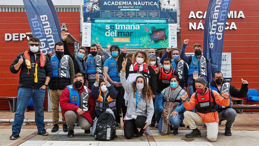 Los usuarios de Apfem,«capitanes por un día» en Ibiza