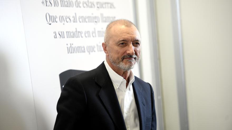 Arturo Pérez-Reverte i Ramón Andrés, guanyadors dels Premis de la Crítica