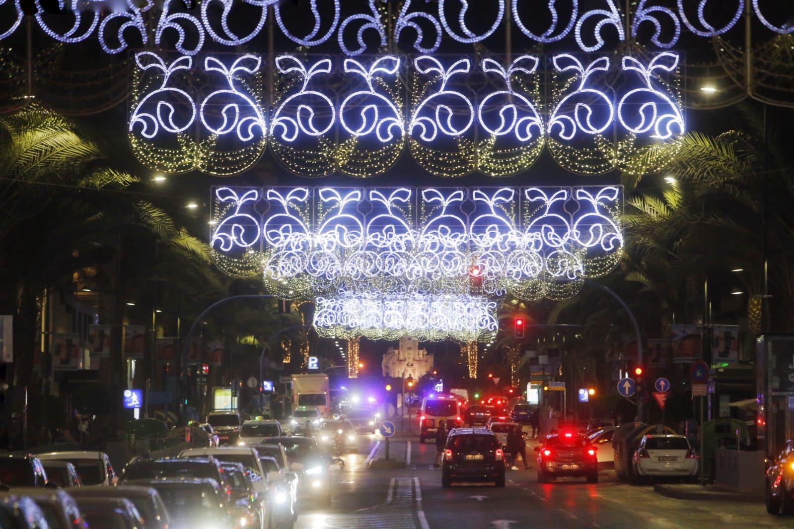Así es el alumbrado oficial de Navidad en Alicante