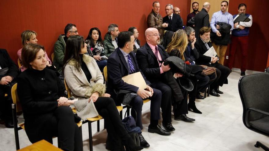 Piden 500.000 euros a la Alcaldesa de Gijón por la quiebra de la empresa de la que fue directora médica