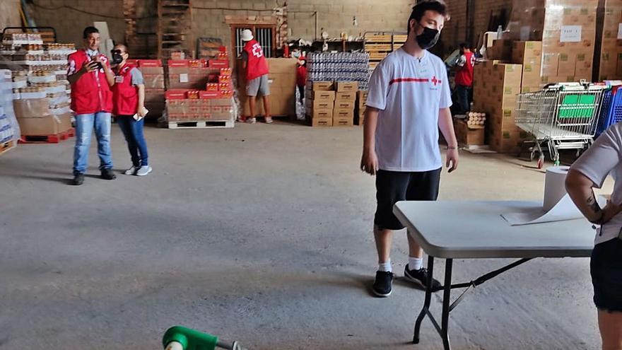 La pandemia incrementa un 26 % las ayudas que presta Cruz Roja en Alzira