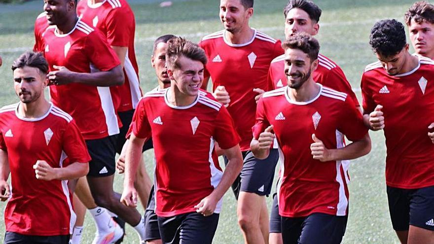 El CD Mensajero busca su primera victoria en la Liga  en su visita al San Fernando,