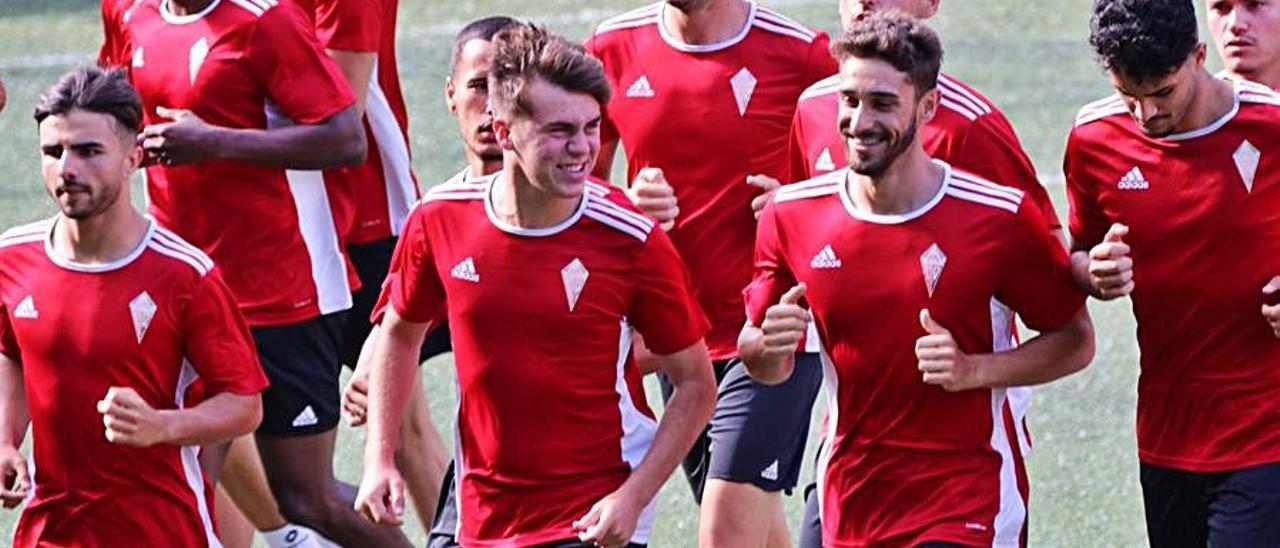 Uno de los entrenamientos del equipo de Yurguen Hernández.