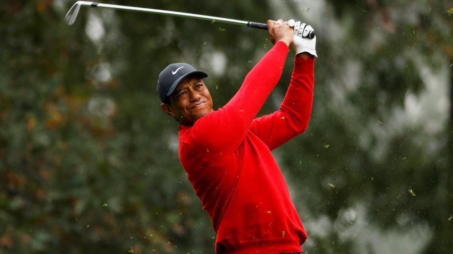 """Tiger Woods se recupera de una """"larga"""" cirugía en pie, tobillo, tibia y peroné tras su grave accidente"""
