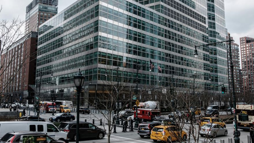 """Goldman Sachs dice que el Gobierno ha atado su destino a los """"partidos regionales"""""""