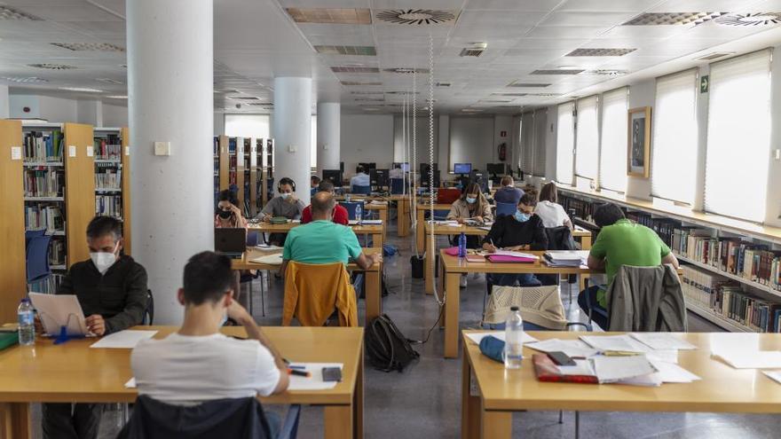 La Biblioteca Pública de Zamora amplía las plazas de estudio