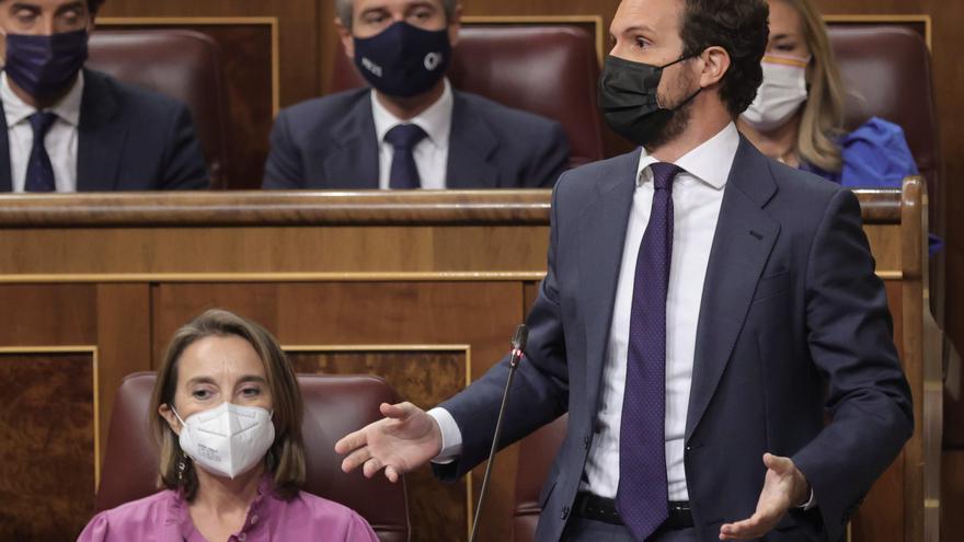 Casado critica que la agenda de Sánchez sea derogar la reforma laboral y la 'Ley Mordaza'