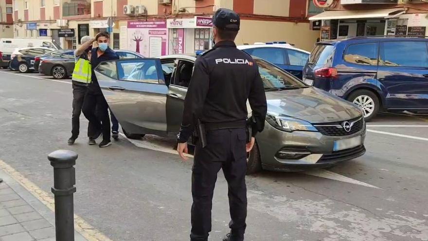 Detenido en Alicante el agresor de un policía por recriminarle no llevar mascarilla en un autobús de Zaragoza