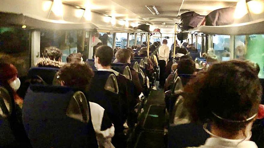 El BNG insta a controlar las líneas de bus Lalín-Santiago para evitar aglomeraciones