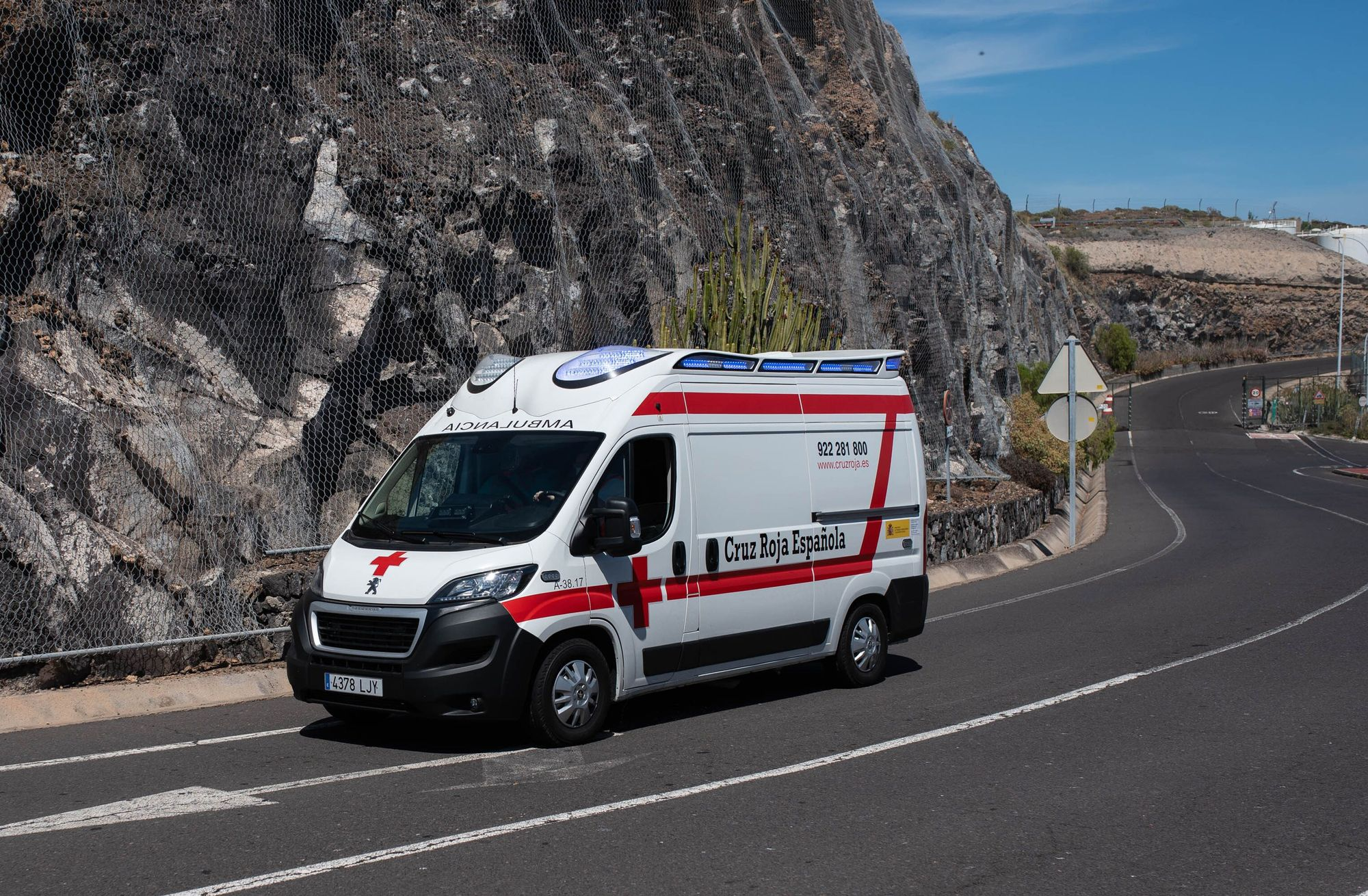 Operativo de emergencia migratoria en Tenerife