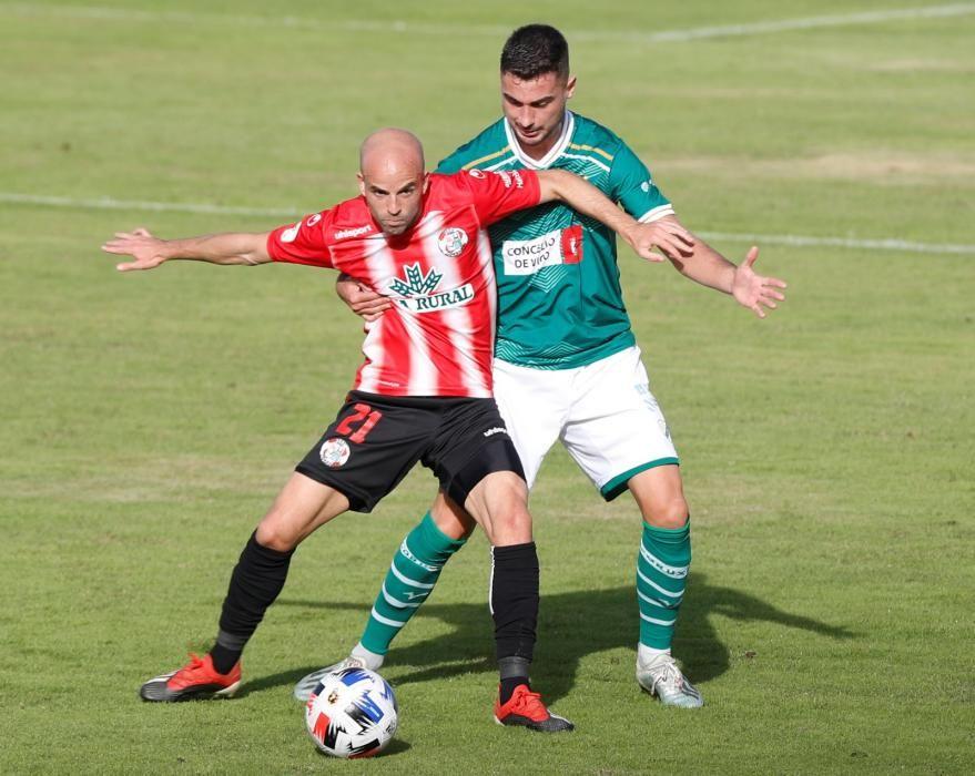 El equipo vigués cae por la mínima frente al Zamora. Los espectadores tuvieron que pasar estrictas medidas de seguridad para acceder al estadio.