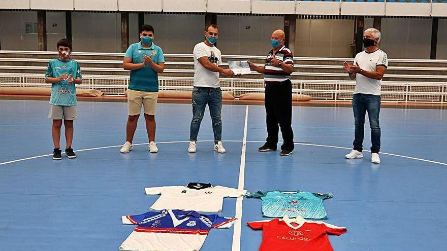 Premio a Isidro Otero, un pionero en el fomento del fútbol sala en la provincia