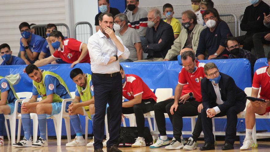 """Carlos Sánchez, técnico del Peñíscola: """"Estoy tremendamente orgulloso"""""""